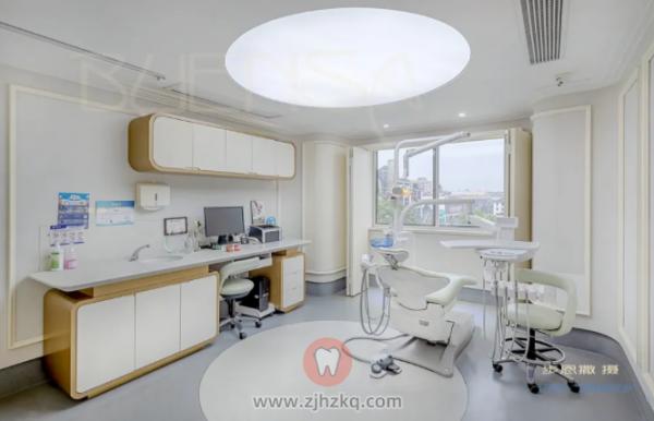 拍照的阿步,杭州口腔医院庆春院区女儿整牙记