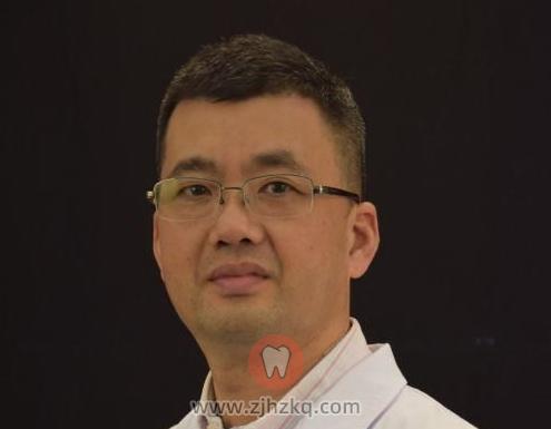 杭州种植牙医生王超铭