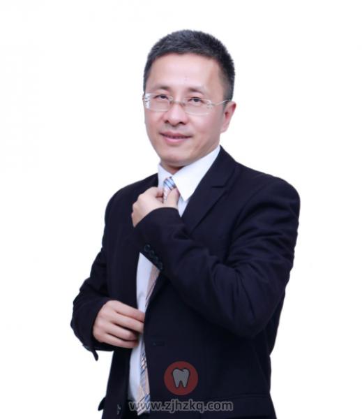 口腔正畸医生专家卢海平教授