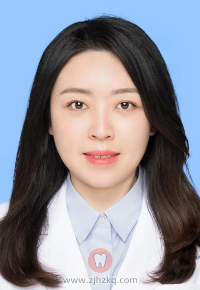 浙大口腔医院牙体牙髓医生袁健