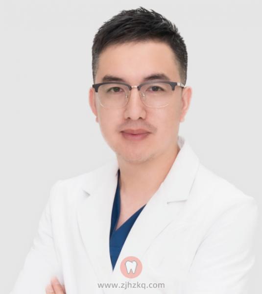 杭州种牙医生黄景